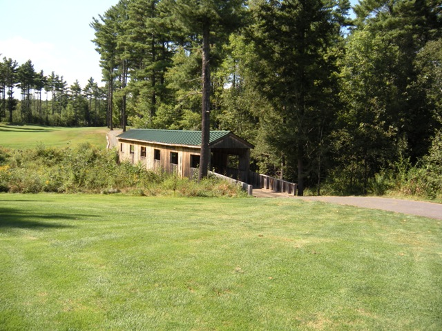 Tomahawk Hole 14 Covered Bridge
